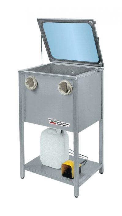 Na zdjęciu widoczna myjka przemysłowa na rozpuszczalnik Easy Wash.